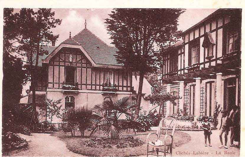 Pension Saint Christophe - 1927 - construction de l'annexe Sainte Claire à la place des tennis de la pension